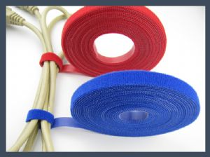 Made in china back to back wire arrangement cable tie,red blue