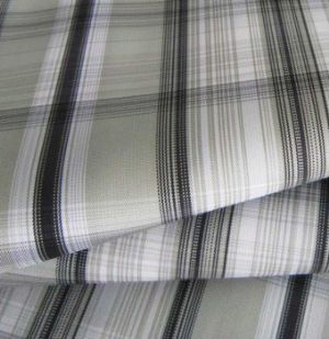 Yarn dyed 75D polyester plain cloth CWC-088